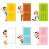 Dörr och familj Arkivbilder
