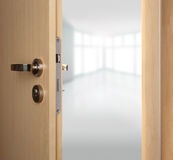 dörrar öppnar Arkivfoto