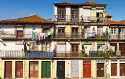 Dörrar av Porto Arkivfoton