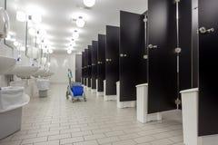 Dörrar från toaletter royaltyfri fotografi