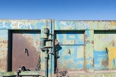 Dörren med låser Royaltyfri Fotografi