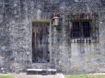 dörrfästningsida arkivbild