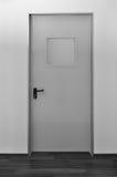 dörrnödlägeutgång royaltyfria bilder