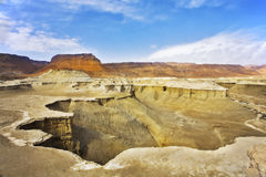 dött torrt berghav för kanjon Arkivbild