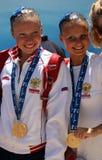Dúo de la medalla de oro de RUSIA sincrónico fotos de archivo