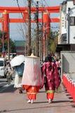 Dúo del en de Mikos (Kyoto - Japon) Imagenes de archivo