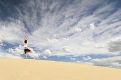 Düne-Yoga Stockfoto
