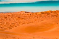 Dünen des Ergs Chebbi, Sahara Desert lizenzfreies stockfoto