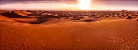 Dünen von Merzouga Wüste des Saharas marokko stockbild