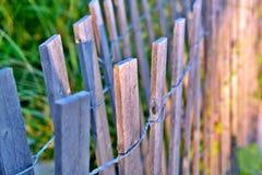 Dünen-Zaun am Strand Lizenzfreies Stockfoto