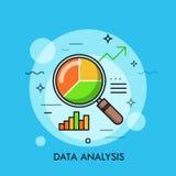 Dünne Linie flaches Design vom Datenanalysevergrößerungsglas mit Kreisdiagramm Stockfoto