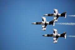 Düsenflugzeug in der Bildung Stockfoto