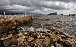Düsteres Wetter von Budva Stockfotos