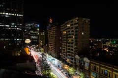 Długa ujawnienie noc strzelał centrum miasta Sydney Zdjęcie Stock