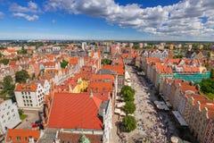 Długi pas ruchu stary miasteczko w Gdańskim obraz stock