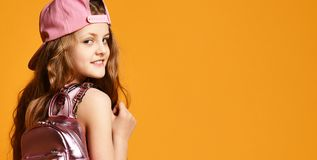 D?ugi salowy portret nastolatek dziewczyna w ? zdjęcie royalty free