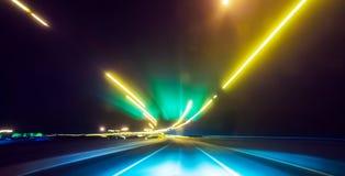 Długi ujawnienie nocy światła ruchu w mieście Obraz Royalty Free