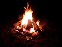 Długi ujawnienie płomienia ognisko fotografia royalty free