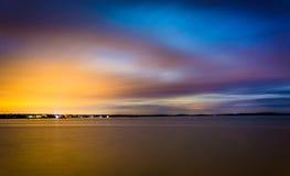 Długi ujawnienie przy nocą na Chesapeake zatoce w Havre De Ozdabiający, Zdjęcia Stock