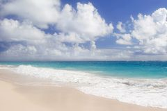 dźwig na plaży Fotografia Royalty Free