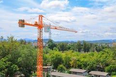 Dźwigowy przemysł selekcyjnej ostrości budowy budynków miejsca miasto Obrazy Stock