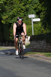 Dżentelmenu uczestnik Techniczny Bik - Grodowy Howard Triathlon - Obraz Royalty Free