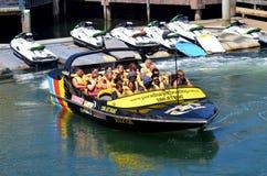 Dżetowe Łódkowate przejażdżki w złota wybrzeżu Queensland Australia Zdjęcia Stock