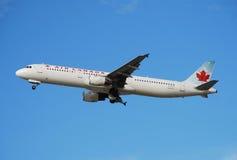 dżetowy Canada lotniczy pasażer Fotografia Royalty Free
