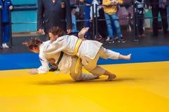 Dżudo rywalizacje wśród dziewczyn, Orenburg, Rosja Fotografia Stock