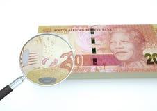 3D与在白色背景调查货币隔绝的放大器的被回报的南非金钱 库存例证
