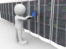 3d人运作的数据服务器室 库存图片