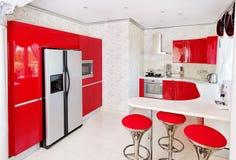 3d内部厨房现代红色回报 库存照片