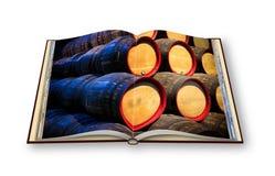 3D回报与木啤酒桶堆的一本被打开的照片书 库存图片