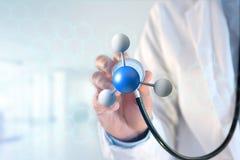 3d在一个医疗接口显示的翻译分子 免版税库存图片
