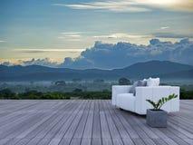 3d在sundeck山景的沙发 免版税库存照片