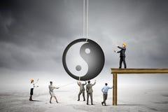 3d平衡概念照片回报了 免版税库存图片