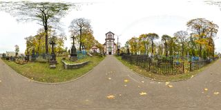 3D有360视角的球状全景 为虚拟现实或VR准备 充分的equirectangular投射 老墓地 老 免版税图库摄影