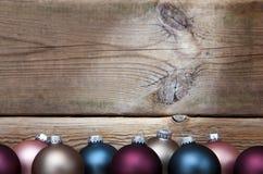 3d背景中看不中用的物品圣诞节组成了摄影实际回报 免版税库存图片