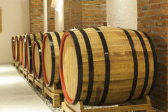 3d背景滚磨模型白葡萄酒 库存图片
