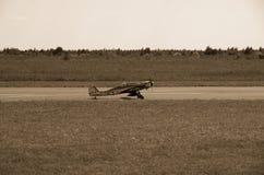 3d航空器飞机黑色例证查出着陆跑道 库存照片