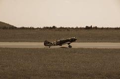 3d航空器飞机黑色例证查出着陆跑道 库存图片