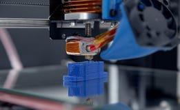 3d设备的打印机机制运作的yelement设计在过程中的 图库摄影