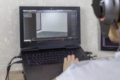 3D моделируя на компьютере Человек начинает графический дизайн стоковые фотографии rf