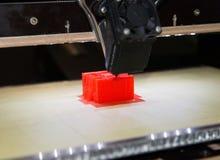 3D принтер - печатание FDM стоковое изображение