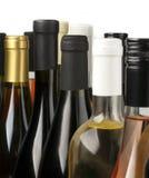 3d разливает модельное белое вино по бутылкам Стоковая Фотография RF