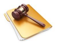 在计算机文件夹的法律锤子。3D象  免版税库存照片
