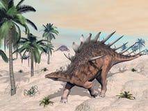 钉状龙恐龙在沙漠- 3D回报 免版税库存照片