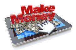 挣金钱网上-片剂有3d文本的个人计算机计算机做金钱和堆美元 免版税库存照片