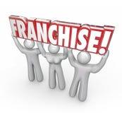 Продайте лицензию Люди Работники Предприниматель Нов Компания 3d Слова Поднимать Стоковые Изображения RF