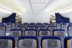 D-ABYQ Lufthansa Boeing 747-830 Kabine Lizenzfreie Stockfotos